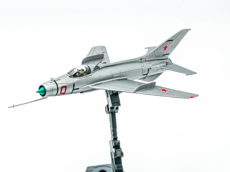 A&A 1/72 Ye-2A プラモデルの完成品
