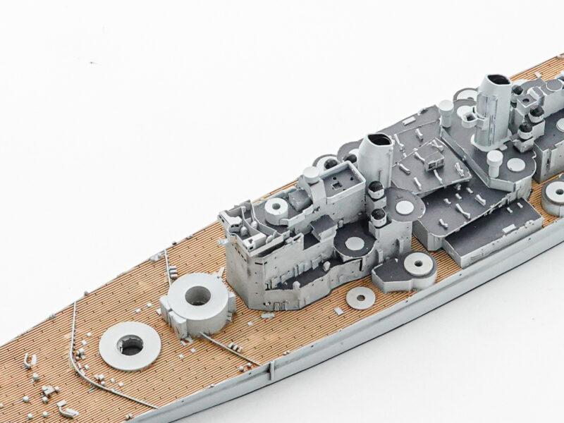 オストリッチホビー 1/700 iイギリス戦艦 ヴァンガード 艦橋上部組立完了