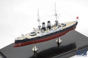 ハセガワ 1/700 日本海軍 戦艦 三笠 竣工時 フルハル プラモデル  完成品